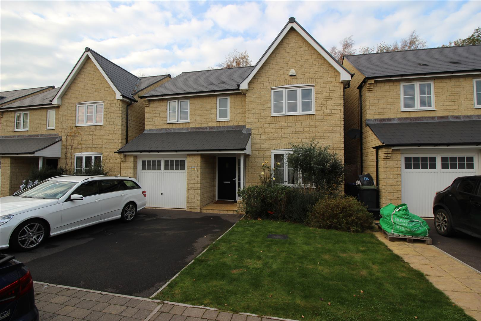 4 Bedrooms Detached House for sale in The Stoneworks, Neston, Corsham